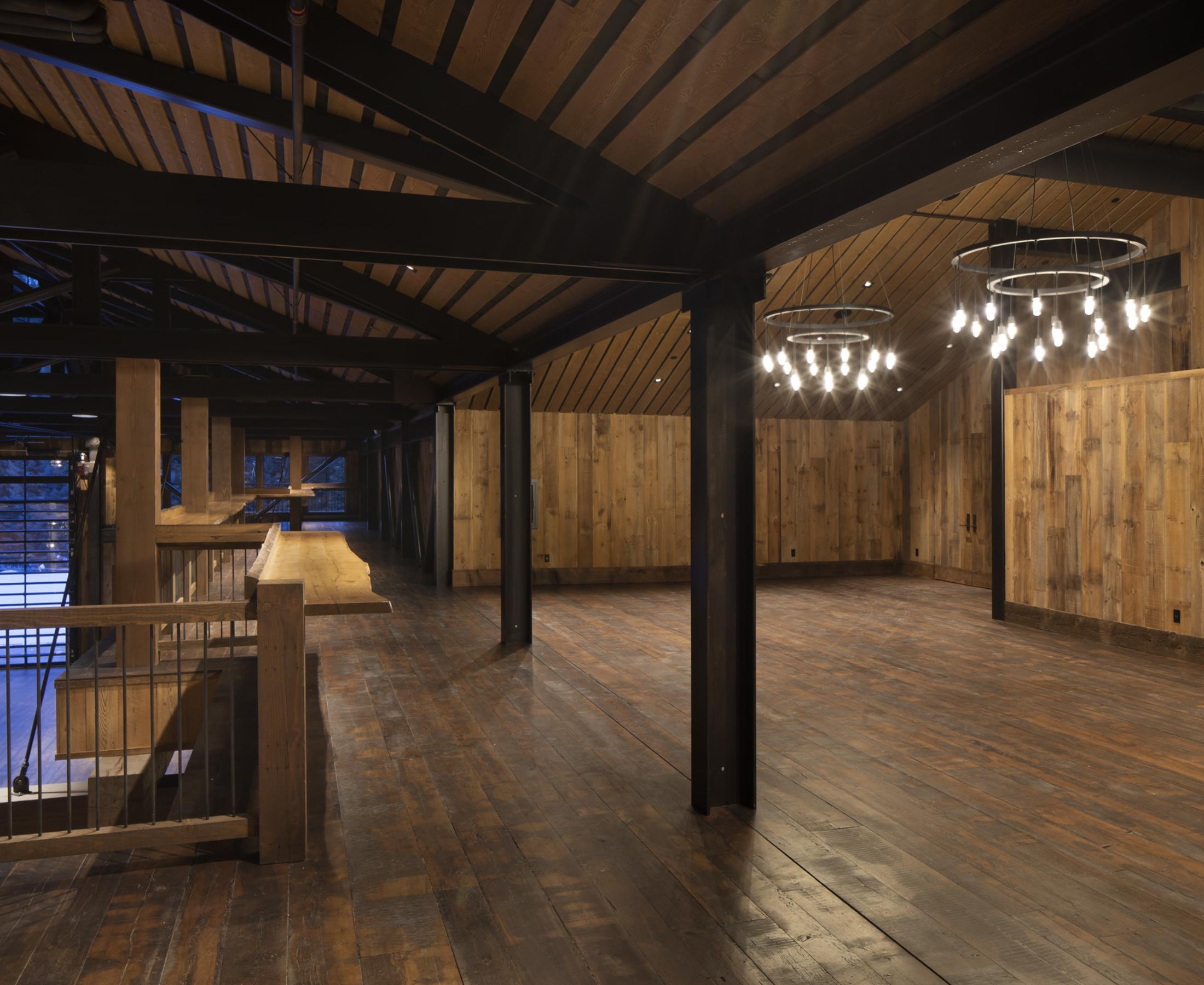 Yc 2002 Barn Interiors 0045 Jpeg Web Portfolio