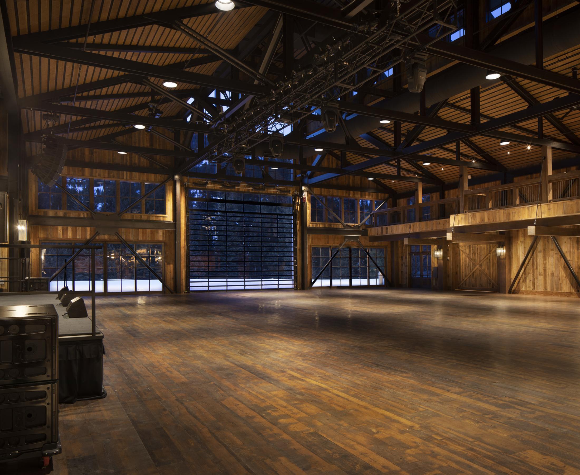 Yc 2002 Barn Interiors 0064 Jpeg Web Portfolio